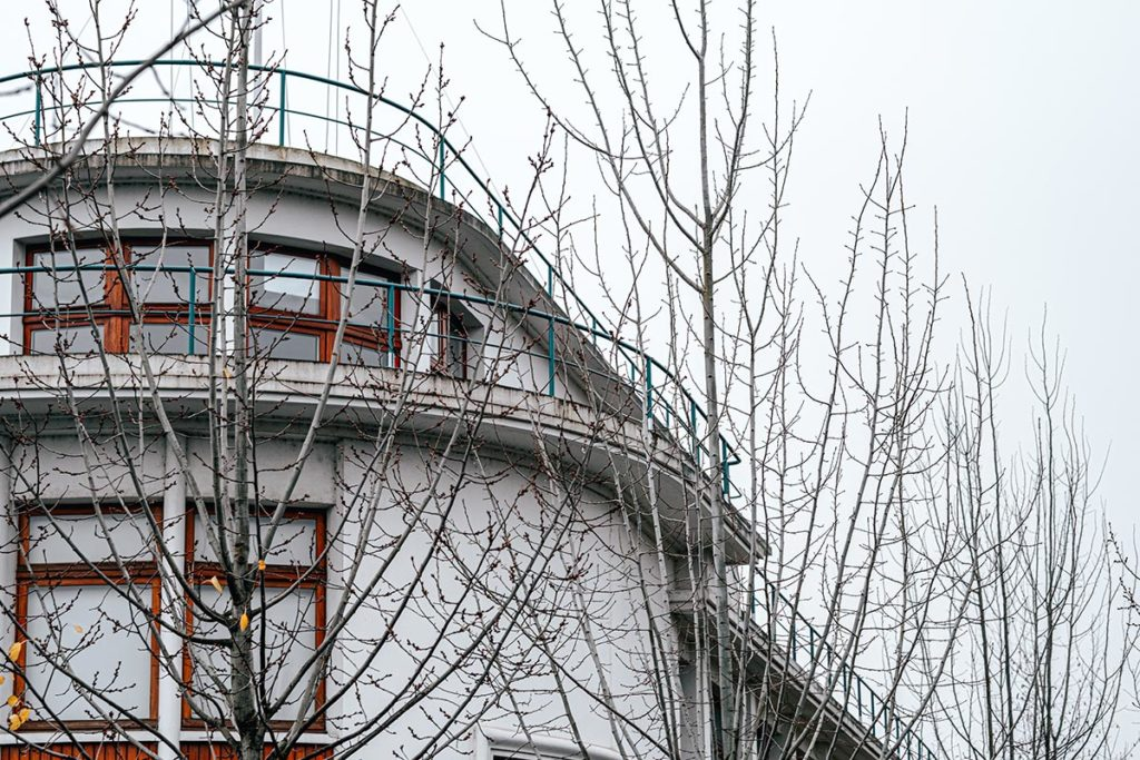 bâtiment de la marine Caen Refuse to hibernate