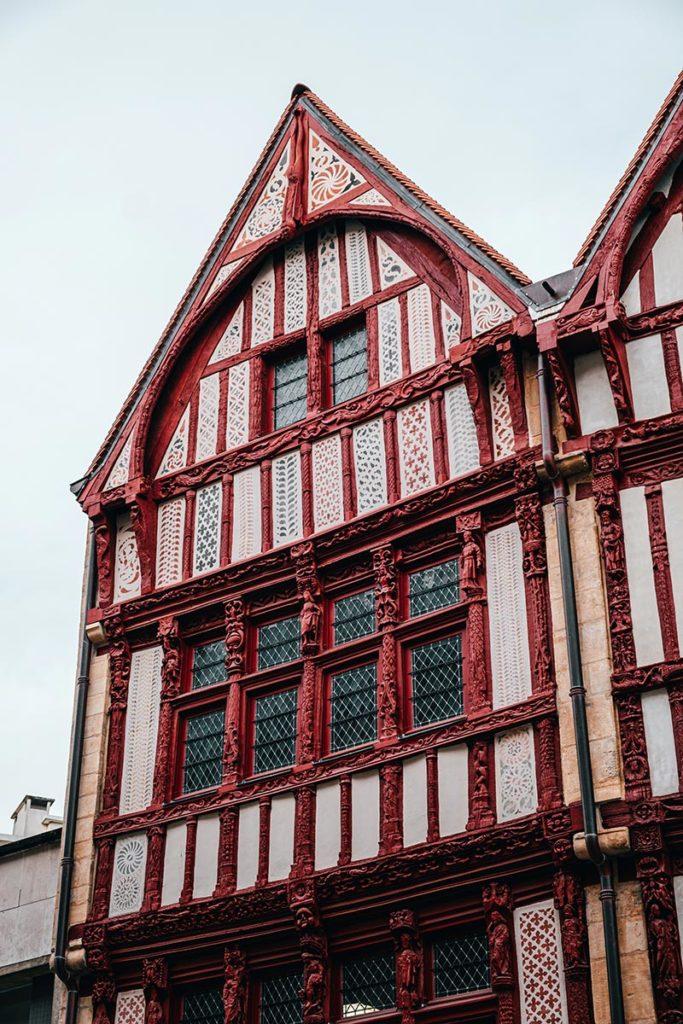 maison à colombages 16e siècles Caen Refuse to hibernate