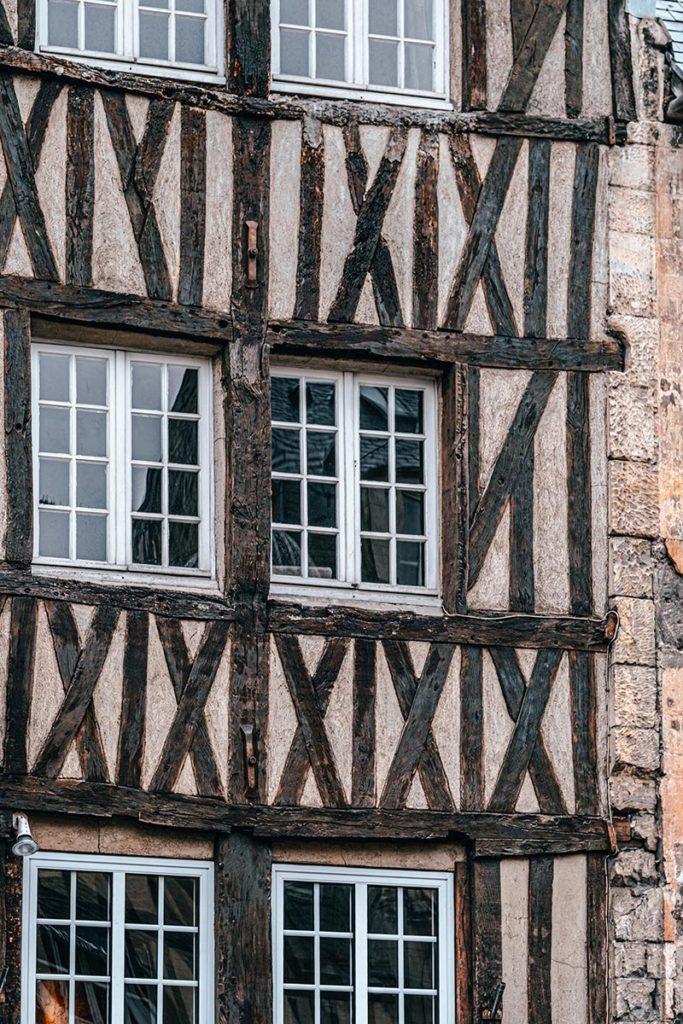 maison à colombages gros plan Caen Refuse to hibernate