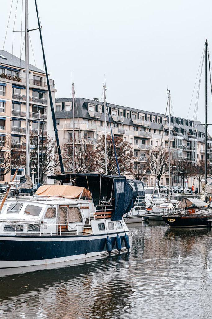 port de Caen Refuse to hibernate
