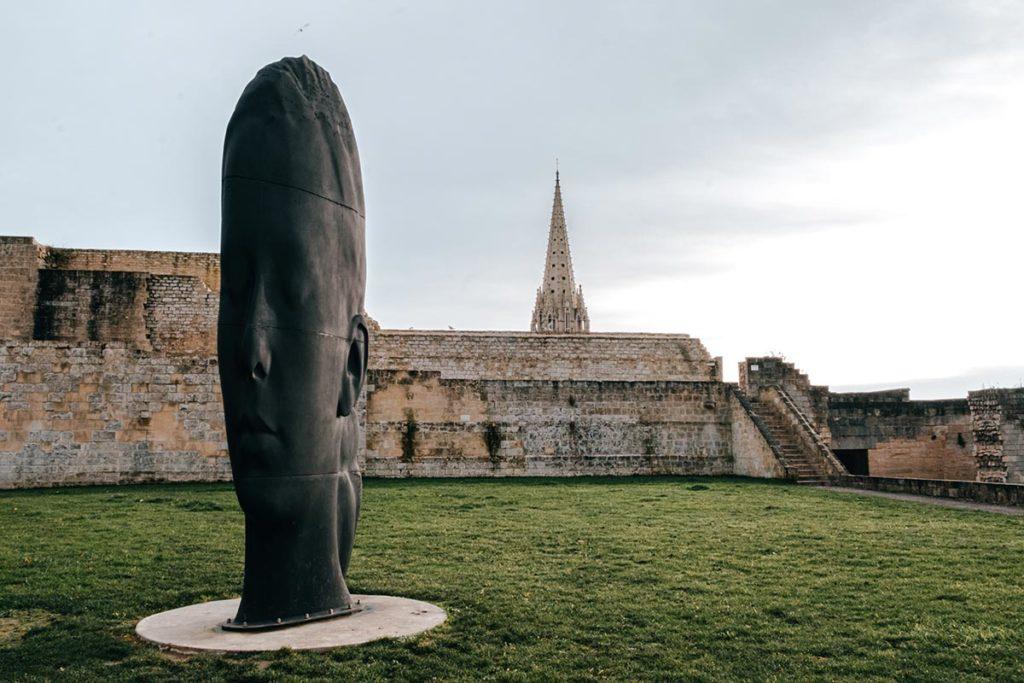 remparts du château de Caen visage Refuse to hibernate