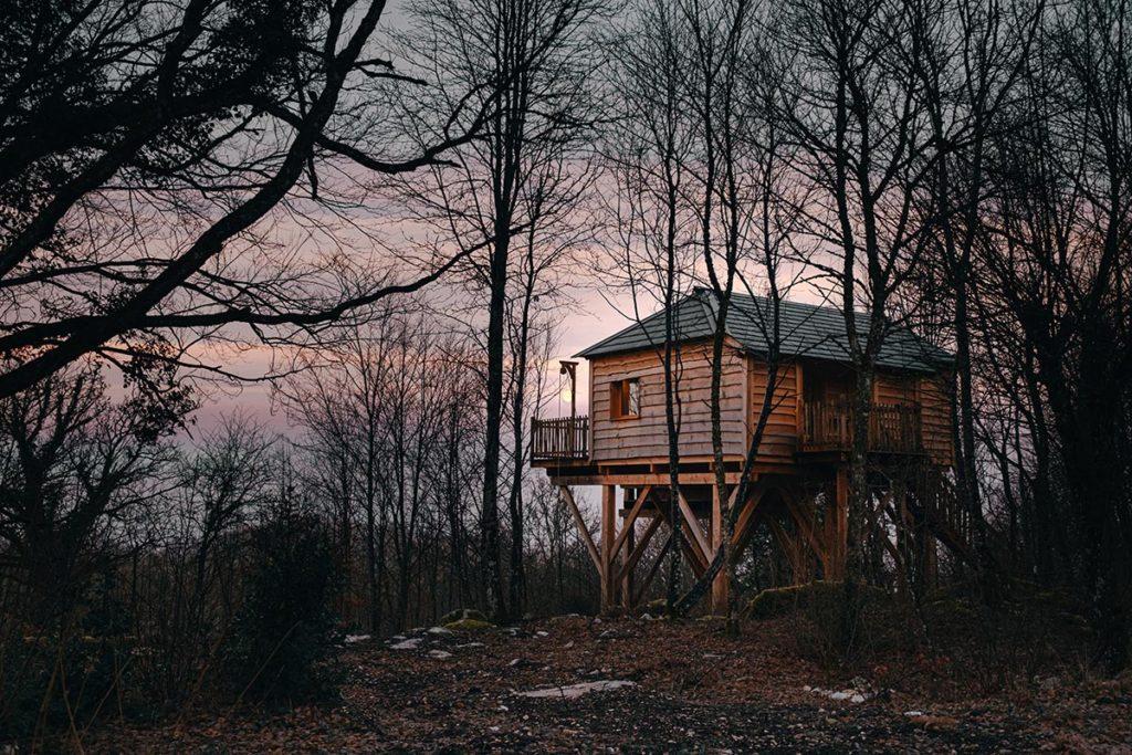 Cabanes du Hérisson lever du jour Jura Refuse to hibernate