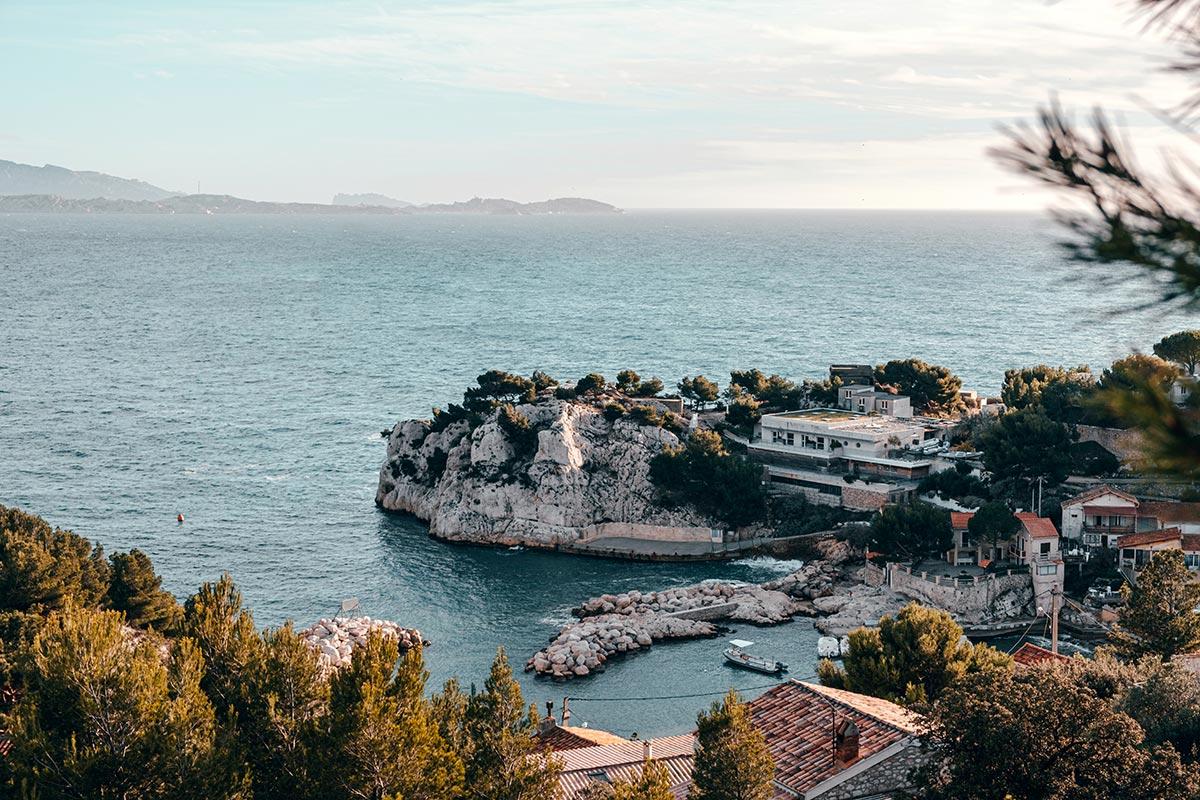 Calanque de Niolon crique Marseille Refuse to hibernate