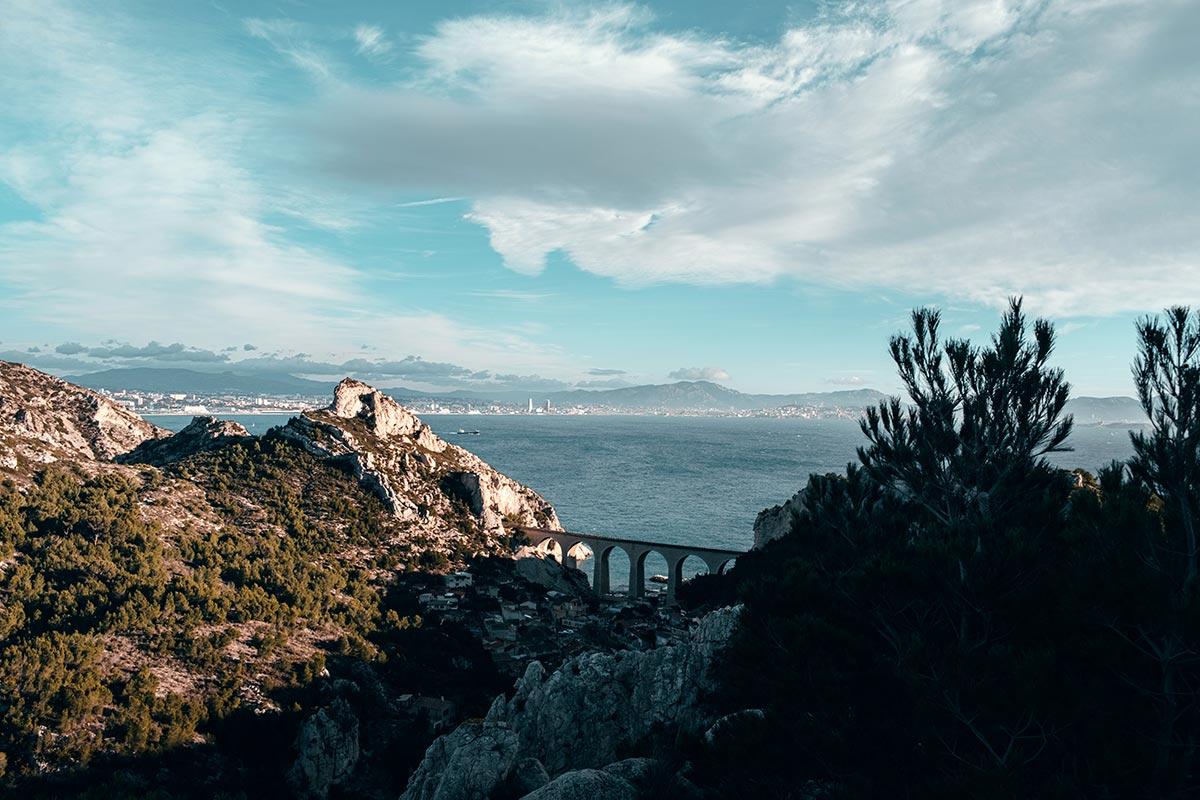 Calanque de Niolon pont Marseille Refuse to hibernate