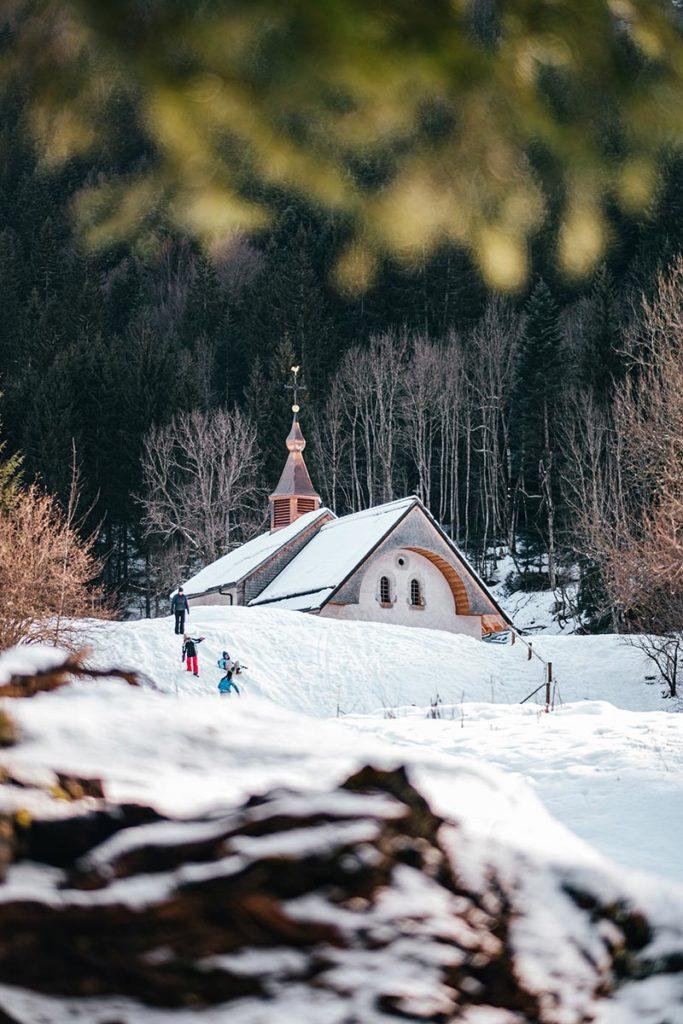 chapelle enfants lac du Vallon gelé Alpes du Léman Refuse to hibernate