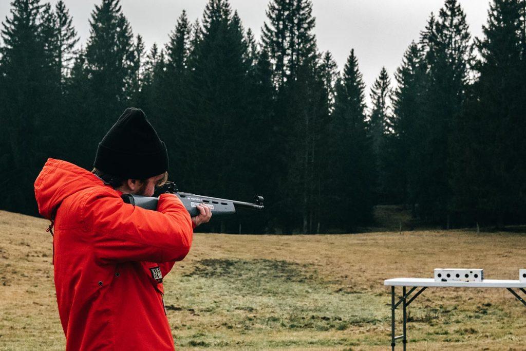 initiation au biathlon Mickaël vise la cible Jura