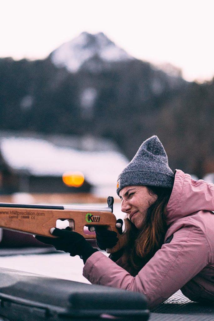 initiation au biathlon tir laser Audrey vise Alpes du Léman Refuse to hibernate