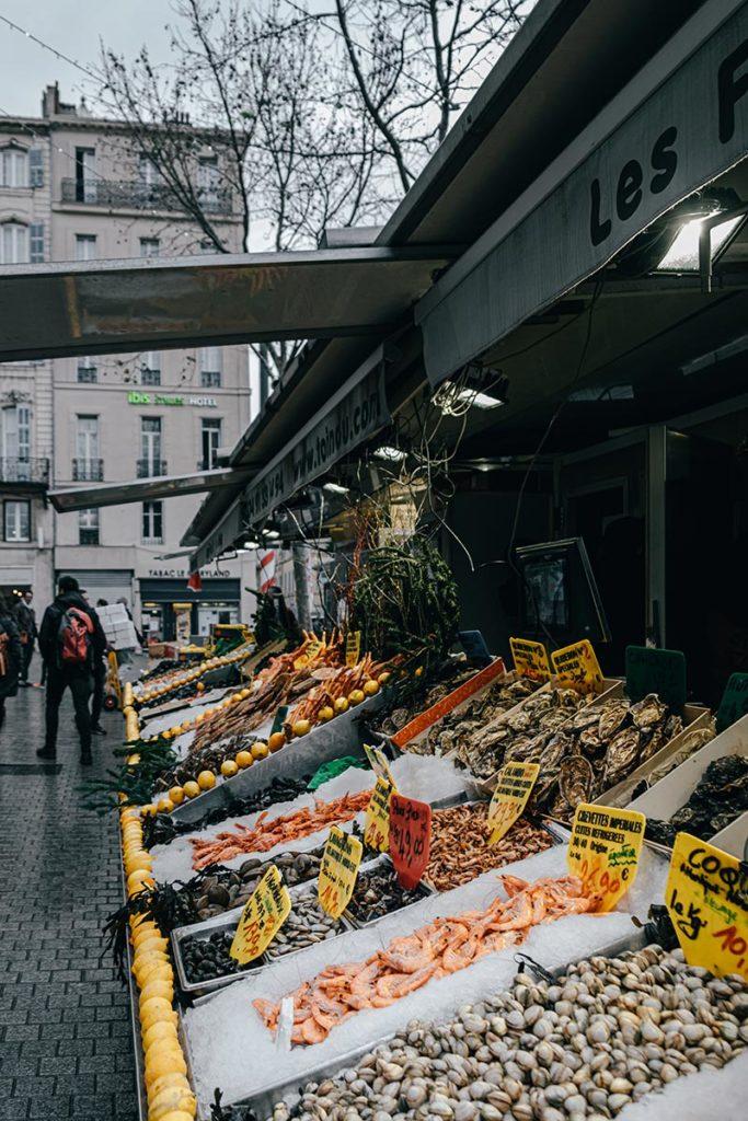 marché des Capucins fruits de mer Marseille Provence Gastronomie Refuse to hibernate