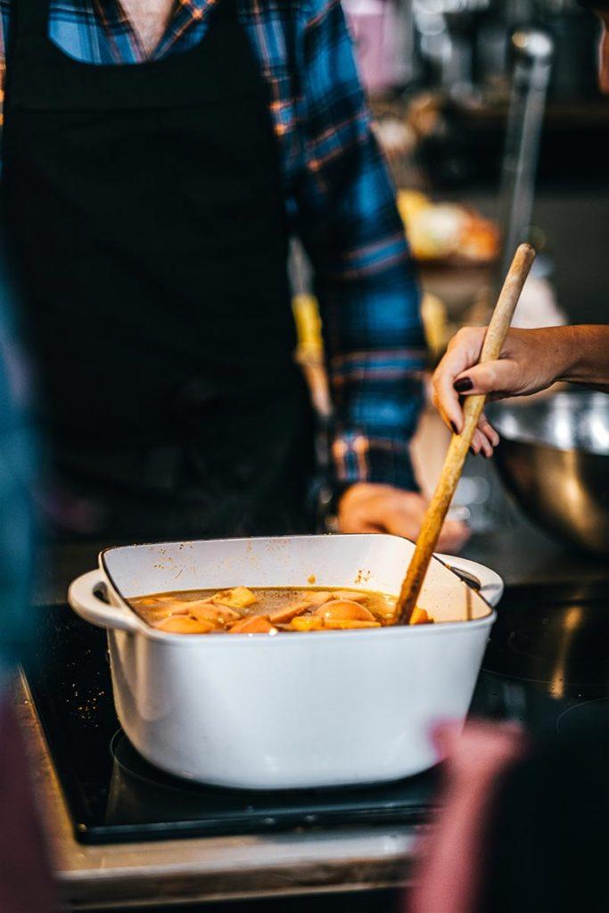 préparation soupe potiron patates douces clémentines Marseille Provence Gastronomie Refuse to hibernate