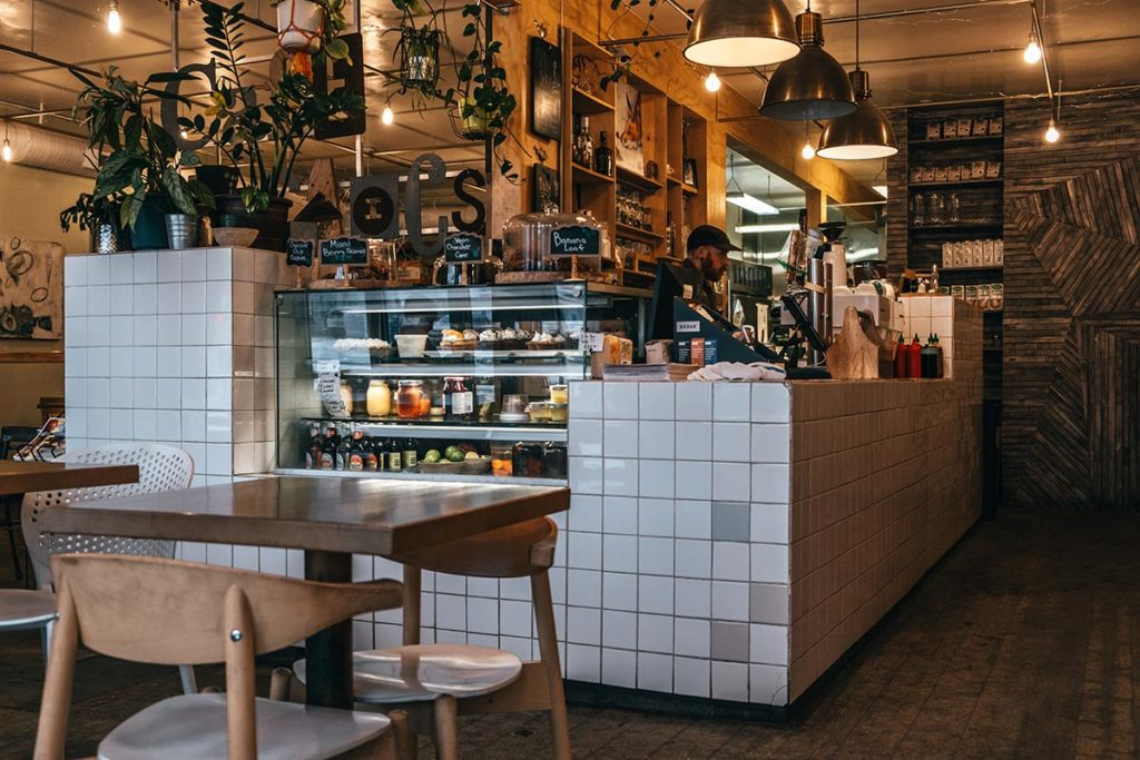 Cafe Mosaics comptoir Edmonton Refuse to hibernate