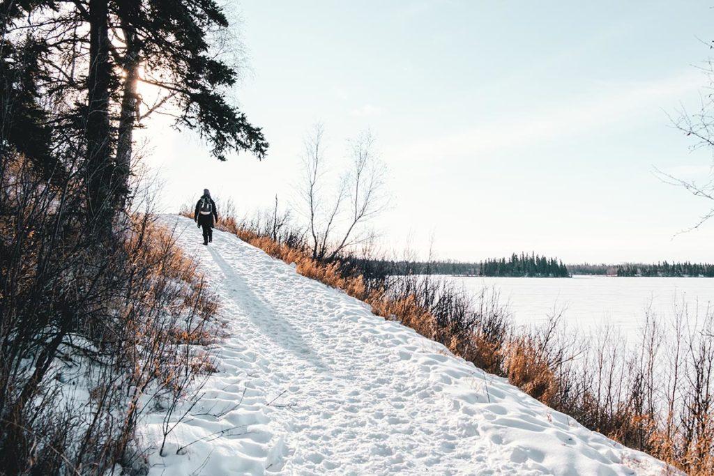 Elk Island national park Audrey sur le sentier Edmonton Refuse to hibernate