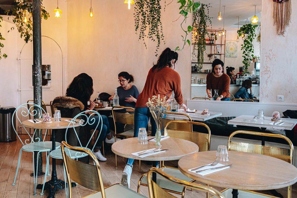 Abattoir Végétal restaurant salle brunch Refuse to hibernate