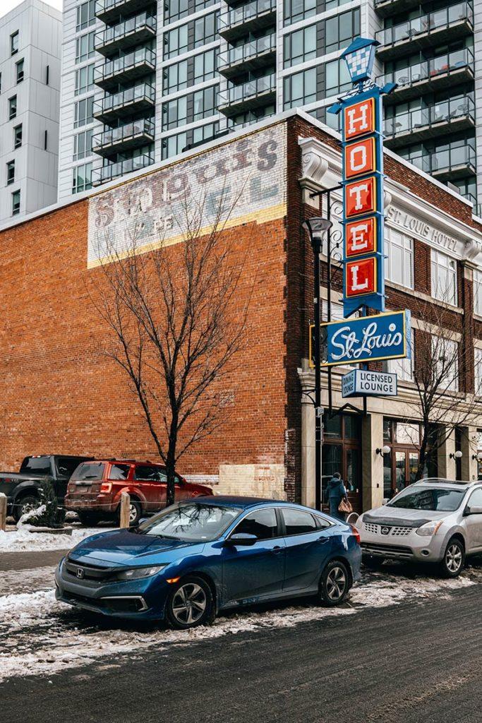East Village hôtel Saint Louis Calgary Refuse to hibernate