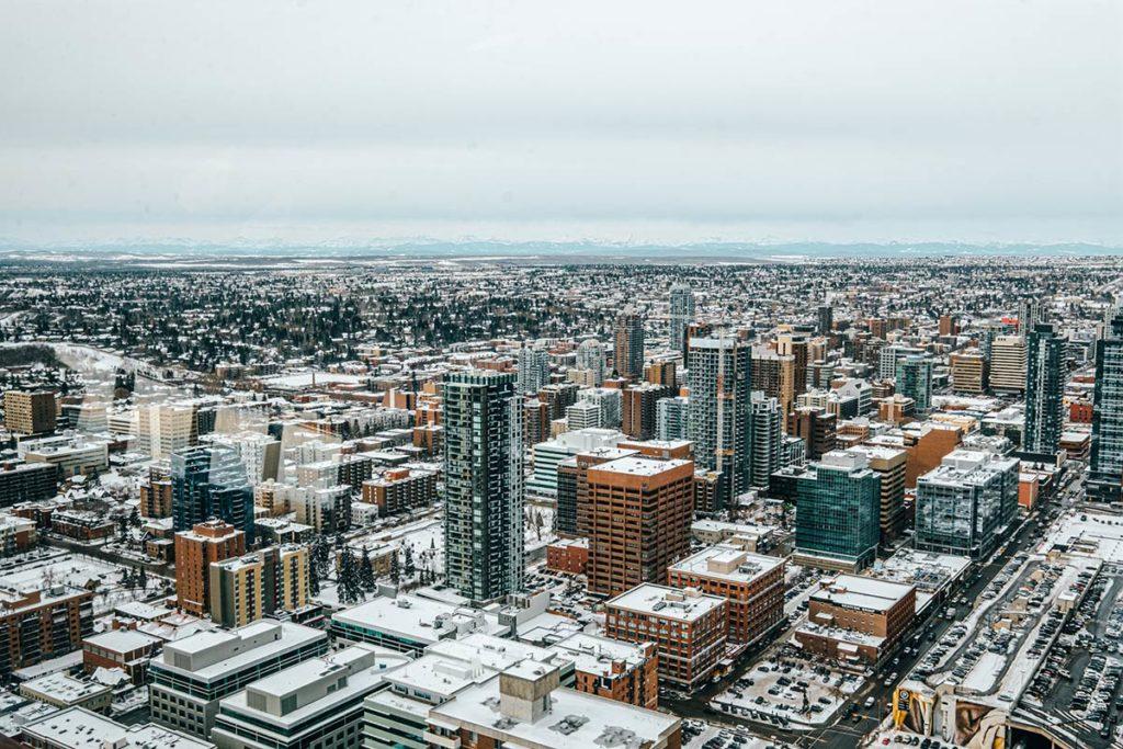 vue sur la ville de Calgary à 360 Refuse to hibernate